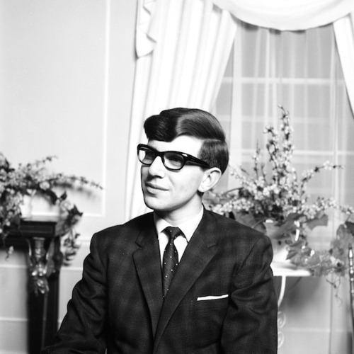 http://sgtr.files.wordpress.com/2011/07/stephen-hawking.jpg?w=594
