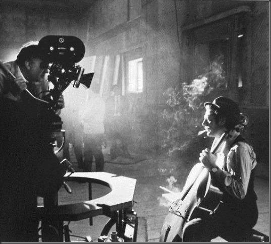 Federico Fellini and Marcello Mastroianni on the set.